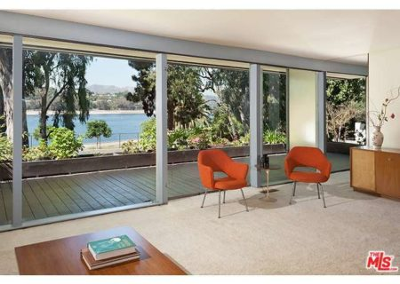 Figure-8-Realty-Los-Angeles-House-for-Sale-in-Los-Angeles-Kambara-House-for-Sale-in-Silverlake-with-Silver-Lake-Views-Neutra-House-for-Sale-in-Silverlake-2
