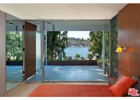 Figure-8-Realty-Los-Angeles-House-for-Sale-in-Los-Angeles-Kambara-House-for-Sale-in-Silverlake-with-Silver-Lake-Views-Neutra-House-for-Sale-in-Silverlake-8