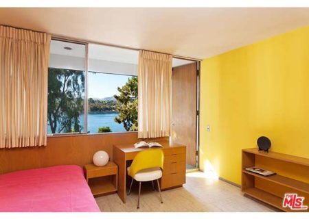 Figure-8-Realty-Los-Angeles-House-for-Sale-in-Los-Angeles-Kambara-House-for-Sale-in-Silverlake-with-Silver-Lake-Views-Neutra-House-for-Sale-in-Silverlake-9