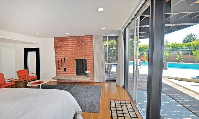 The-jacobson-residence-by-edward-fickett-FAIA-los-angeles-historical-monument-674-for-sale-los-feliz-hills-hollywood-hills-east-modernist-architectural-house-figure-8-realty-4520-Dundee-Drive-90027-24