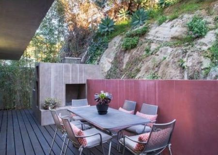 2120-Avon-St-Los-Angeles-CA-90026-Echo-Park-Hills-Architectural-Home-Sold-19-e1450087974223