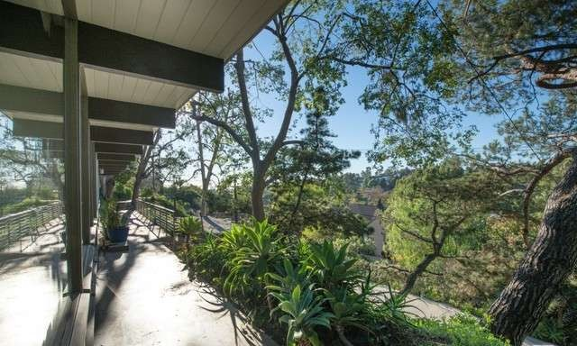 2120 Avon St Los Angeles CA 90026 Echo Park Hills Architectural Home Sold 31