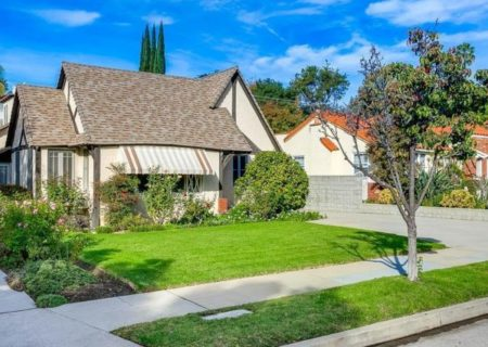 1129-Viscano-Drive-Glendale-CA-91207-House-Sold-Los-Angeles-Residential-Real-Estate-Sales-2-e1515150250432-835×467