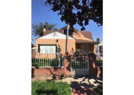 2075-W-29th-Place-Los-Angeles-CA-90018-Jefferson-Park-Triplex-Multi-unit-Income-Property-1