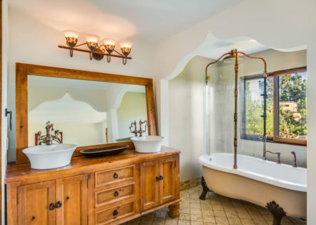 2820-westshire-beachwood-canyon-house-for-sale-90068-los-angeles-figure-8-realty-17