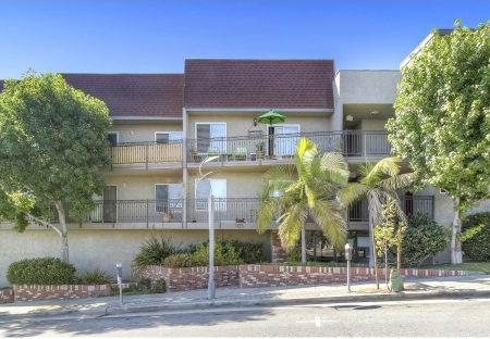 1125-Pico-Blvd-Santa-Monica-CA-90405-Condominium-Sold-Figure-8-Realty-Los-Angeles-1