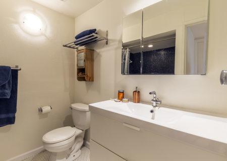 1701-Clinton-Street-201-Echo-Park-Los-Angeles-CA-90026-2-Bed-1-Bath-Condo-For-Sale-Figure-8-Realty-11
