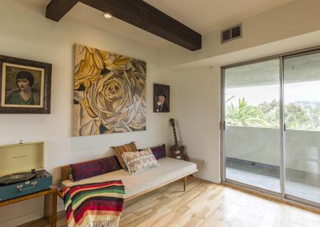 1701-Clinton-Street-201-Echo-Park-Los-Angeles-CA-90026-2-Bed-1-Bath-Condo-For-Sale-Figure-8-Realty-9