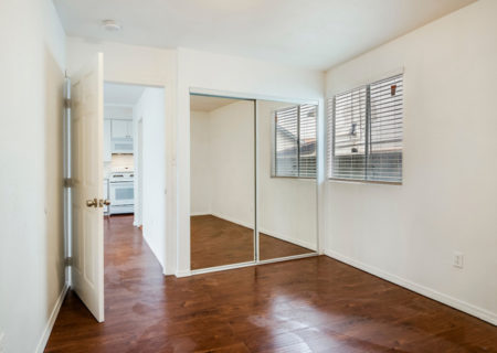 1742-W-36th-Street-Los-Angeles-CA-90018-Jefferson-Park-Duplex-Income-Property-2-Homes-on-a-Lot-For-Sale-Figure-8-Realty-21