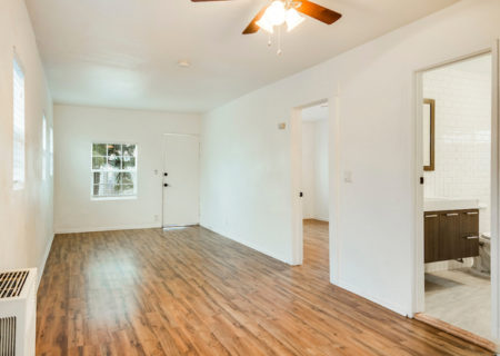 1742-W-36th-Street-Los-Angeles-CA-90018-Jefferson-Park-Duplex-Income-Property-2-Homes-on-a-Lot-For-Sale-Figure-8-Realty-3