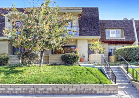 19024-Entradero-Ave-Torrance-CA-90503-3-Bed-3-Bath-Townhouse-For-Sale-near-Redondo-Beach-Figure-8-Realty-Los-Angeles-1