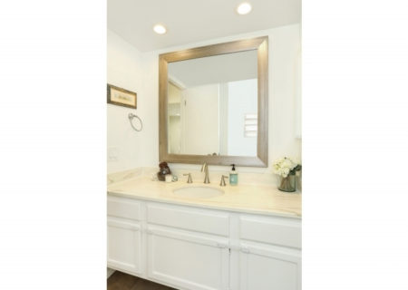 19024-Entradero-Ave-Torrance-CA-90503-3-Bed-3-Bath-Townhouse-For-Sale-near-Redondo-Beach-Figure-8-Realty-Los-Angeles-15