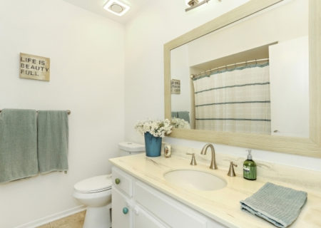 19024-Entradero-Ave-Torrance-CA-90503-3-Bed-3-Bath-Townhouse-For-Sale-near-Redondo-Beach-Figure-8-Realty-Los-Angeles-25