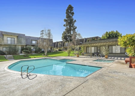 19024-Entradero-Ave-Torrance-CA-90503-3-Bed-3-Bath-Townhouse-For-Sale-near-Redondo-Beach-Figure-8-Realty-Los-Angeles-32