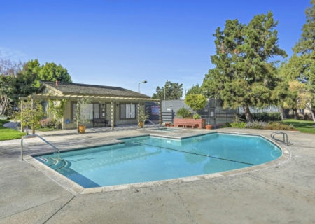 19024-Entradero-Ave-Torrance-CA-90503-3-Bed-3-Bath-Townhouse-For-Sale-near-Redondo-Beach-Figure-8-Realty-Los-Angeles-33