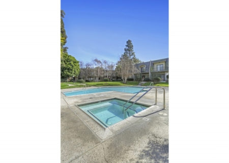 19024-Entradero-Ave-Torrance-CA-90503-3-Bed-3-Bath-Townhouse-For-Sale-near-Redondo-Beach-Figure-8-Realty-Los-Angeles-34