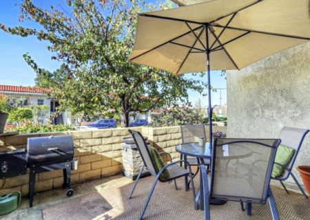 19024-Entradero-Ave-Torrance-CA-90503-3-Bed-3-Bath-Townhouse-For-Sale-near-Redondo-Beach-Figure-8-Realty-Los-Angeles-7