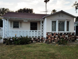 SOLD: 2127 Thurman Ave, Los Angeles 90016, 1940s Traditional Home near Culver City!