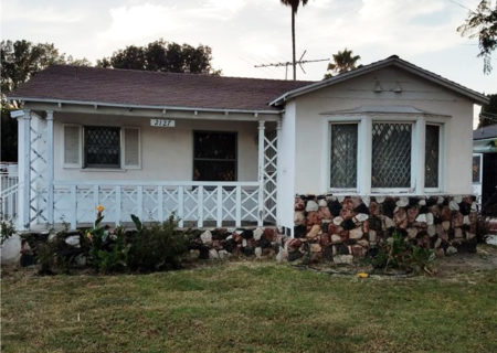 2137-Thurman-Ave-Los-Angeles-CA-90016-3-Bed-2-Bath-Mid-City-Traditional-Fixer-Home-Sold-1