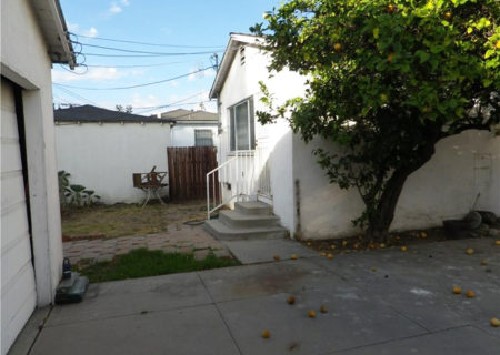 2137-Thurman-Ave-Los-Angeles-CA-90016-3-Bed-2-Bath-Mid-City-Traditional-Fixer-Home-Sold-21