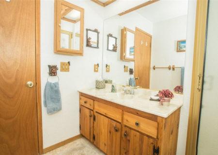 247-S-Eagle-Drive-Big-Bear-CA-92315-Big-Bear-Lake-Home-Residential-Listing-17