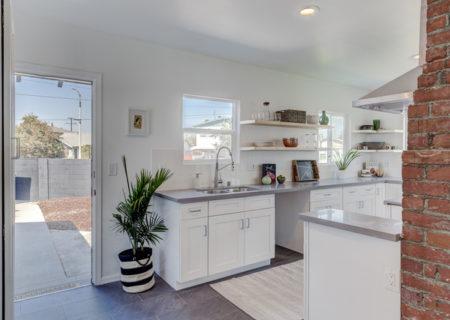 2701-Coliseum-Street-Los-Angeles-CA-90018-Mid-City-Leimert-Park-Colonial-Home-For-Sale-8