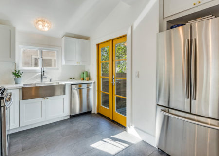 3525-8th-Ave-Los-Angeles-CA-90018-Beautifully-Updated-Craftsman-Revival-Home-for-Sale-in-Jefferson-Park-Figure-8-Realty-10