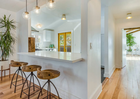 3525-8th-Ave-Los-Angeles-CA-90018-Beautifully-Updated-Craftsman-Revival-Home-for-Sale-in-Jefferson-Park-Figure-8-Realty-7