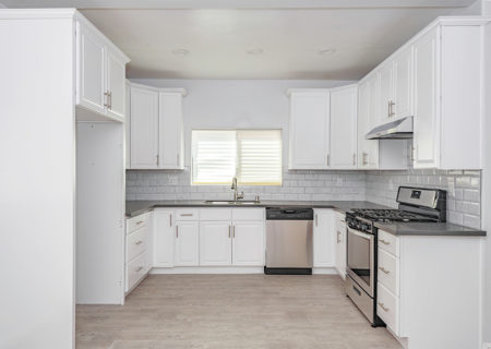 3842-Woodlawn-Ave-Los-Angeles-CA-90011-Duplex-Income-Property-Downtown-LA-Sold-Figure-8-Realty-9