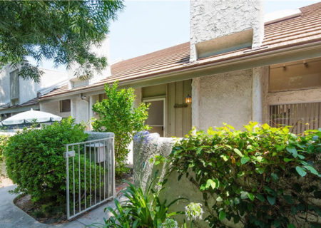 4249-Colfax-Ave-G-Studio-City-CA-91604-2-Bedroom-2-Bathroom-Studio-Village-Townhouse-Condo-Residential-Listing-Sold-Michael-Rachlis-4