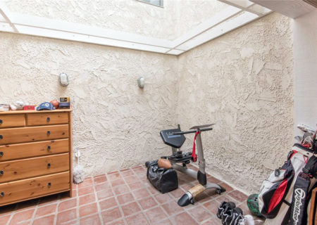 4249-Colfax-Ave-G-Studio-City-CA-91604-2-Bedroom-2-Bathroom-Studio-Village-Townhouse-Condo-Residential-Listing-Sold-Michael-Rachlis-9