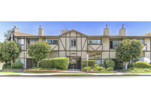 SOLD: 5500 Lindley Ave #203, Encino Top Floor Condo!
