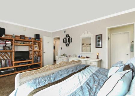 5500-Lindley-Ave-203-Encino-CA-91316-Top-Floor-Condo-For-Sale-Figure-8-Realty-Los-Angeles-17