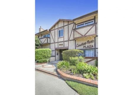 5500-Lindley-Ave-203-Encino-CA-91316-Top-Floor-Condo-For-Sale-Figure-8-Realty-Los-Angeles-2