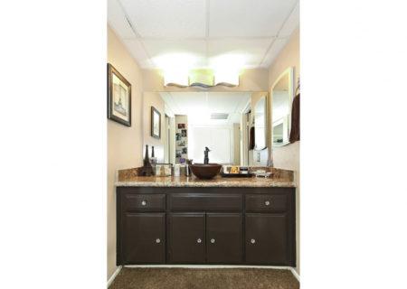 5500-Lindley-Ave-203-Encino-CA-91316-Top-Floor-Condo-For-Sale-Figure-8-Realty-Los-Angeles-25