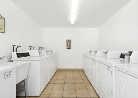5500-Lindley-Ave-203-Encino-CA-91316-Top-Floor-Condo-For-Sale-Figure-8-Realty-Los-Angeles-27a