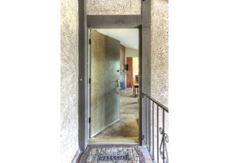 5500-Lindley-Ave-203-Encino-CA-91316-Top-Floor-Condo-For-Sale-Figure-8-Realty-Los-Angeles-4