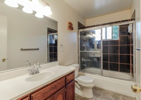 910-Mayo-Street-Los-Angeles-CA-90042-Mount-Washington-3-Bed-2-Bath-Tradition-Mid-Century-Home-For-Sale-17