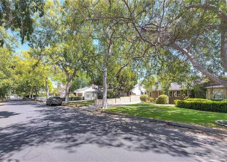 11838-Hartsook-Street-Valley-Village-CA-91607-Los-Angeles-Home-Sold-Figure-8-Realty-3
