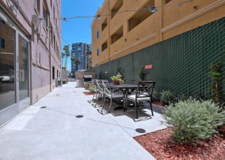140-Linden-Ave-Apt-512-Long-Beach-CA-90802-Beautiful-1-Bed-1-Bath-Condo-in-Historical-Lafayette-Building-Figure-8-Realty-2