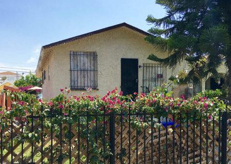 1742-w-36th-st-los-angeles-ca-90018-Jefferson-Park-Duplex-income-property-figure-8-realty-jefferson-park