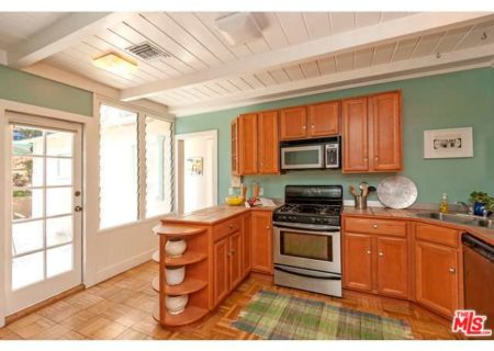 2222-Willetta-St-Los-Angeles-CA-90068-Figure-8-Realty-23