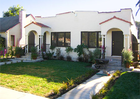 2428-S-dunsmuir-ave-los-angeles-ca-90016-mid-city-duplex-figure-8-realty-1