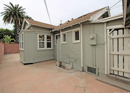 2605-E-Spaulding-St-Long-Beach-CA-90804-Craftsman-Home-Figure-8-Realty-17