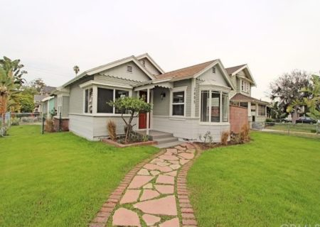 2605-E-Spaulding-St-Long-Beach-CA-90804-Craftsman-Home-Figure-8-Realty-2