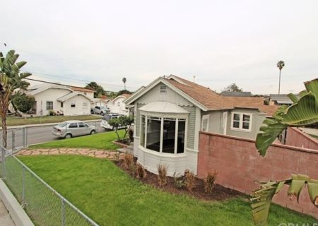 2605-E-Spaulding-St-Long-Beach-CA-90804-Craftsman-Home-Figure-8-Realty-3