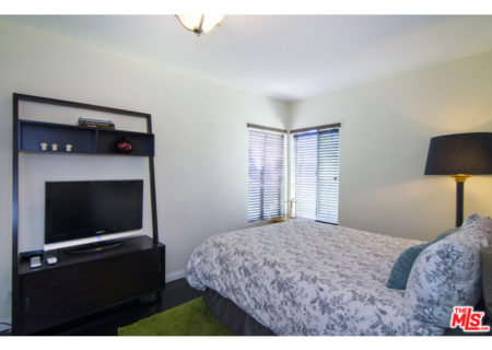 5813-Troost-Ave-North-Hollywood-CA-91601-House-for-Sale-Figure-8-Realty-Los-Angeles-16