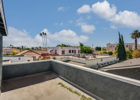 838-N-Ridgewood-Pl-Los-Angeles-CA-90038-Renovated-Hollywood-Triplex-Income-Property-for-Sale-Figure-8-Realty-20