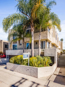 SOLD: 856 N Van Ness Ave #6 Top Floor Condo for Sale in Hollywood CA!