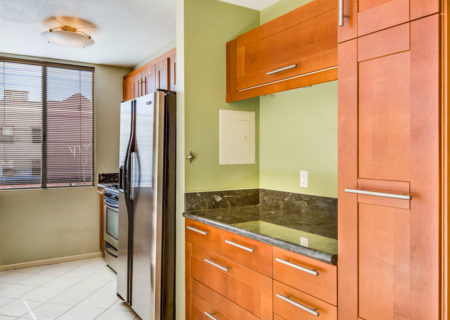 856-Van-Ness-2-Bedroom-Condo-Hollywood-for-Sale-Buy-a-2-bedroom-condo-in-Hollywood-figure-8-realty-23